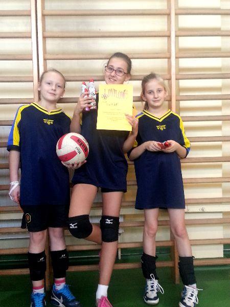 Turniej Mikołajkowy Mini Piłki Siatkowej Dziewcząt